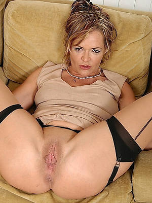 Hot shaved mature pussy